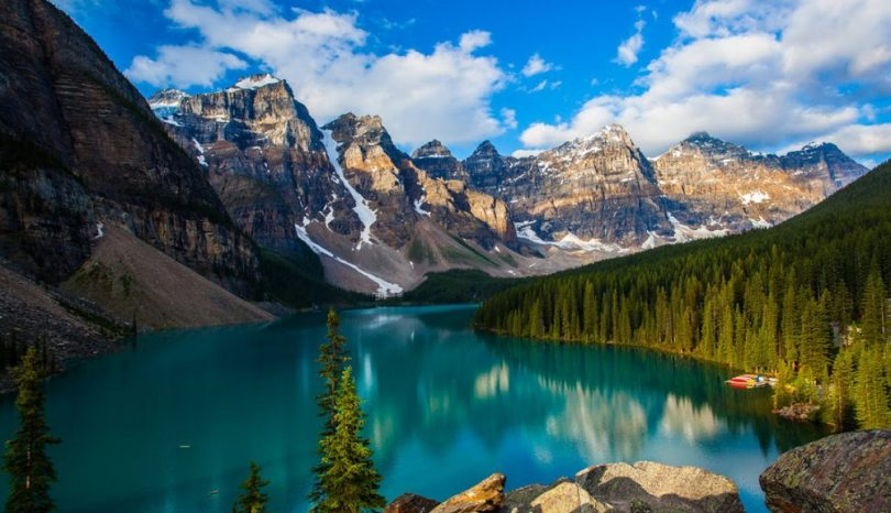 Popular Tourist Places In Canada